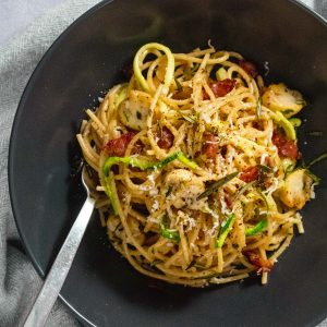 Black bowl with healthy spaghetti carbonara