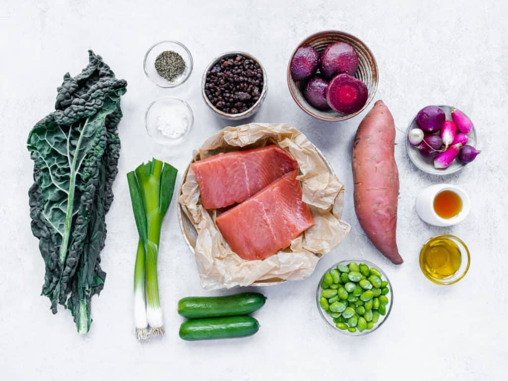 Ingredients for pan-fried salmon rainbow salad